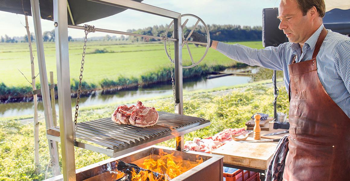 Caveman barbecue | Runderkamp Barbecue | Runderkamp.nl